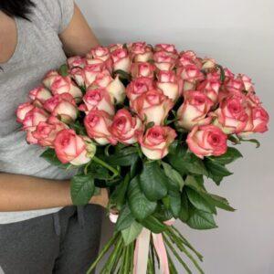 Розовые розы купить в Киеве