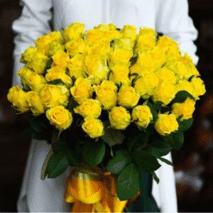 Желтые розы в букете заказать в Киеве